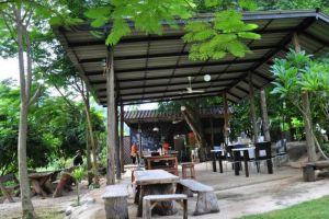 Porploen-Hip-Resort-Suanphung-Ratchaburi-Thailand-Restaurant.jpg