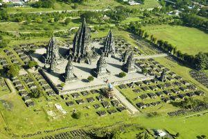 Prambanan-Temple-Compounds-Yogyakarta-Indonesia-003.jpg