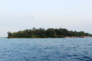 Pramuka-Island-Jakarta-Indonesia-001.jpg