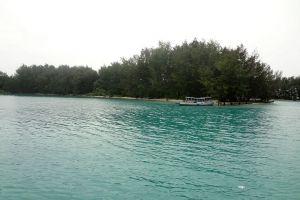 Pramuka-Island-Jakarta-Indonesia-005.jpg