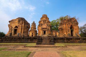 Prasat-Sikhoraphum-Surin-Thailand-04.jpg