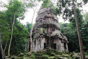 Prasat-Ta-Kwai-Surin-Thailand-02.jpg