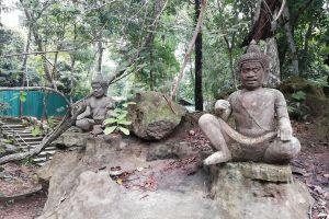 Prasat-Ta-Kwai-Surin-Thailand-04.jpg
