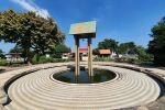 Pridi-Banomyong-Memorial-Ayutthaya-Thailand-06.jpg