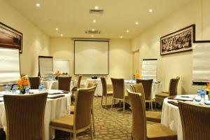 Princess-dAn-Nam-Resort-Spa-Phan-Thiet-Vietnam-Meeting-Room.jpg
