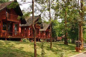 Pristine-Lotus-Spa-Resort-Taunggyi-Myanmar-Garden.jpg