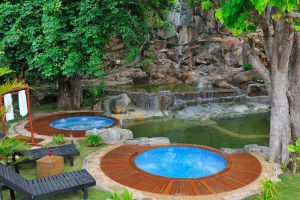 Pristine-Lotus-Spa-Resort-Taunggyi-Myanmar-Pool.jpg
