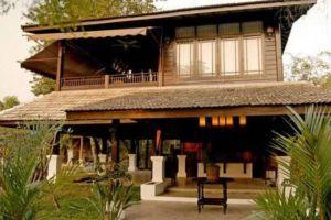 Puka-Boutique-Resort-Chiang-Mai-Thailand-Entrance.jpg