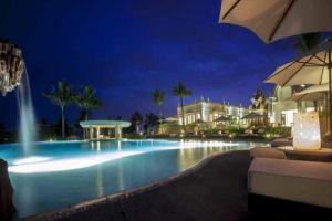 Pulchra-Resort-Danang-Vietnam-Pool.jpg