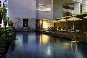 Pullman-Grande-Sukhumvit-Bangkok-Thailand-Pool.jpg