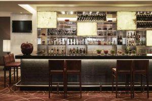 Pullman-Hotel-Hanoi-Vietnam-Bar.jpg