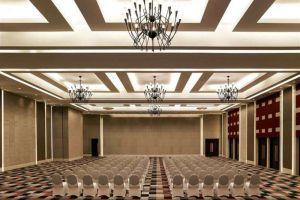 Pullman-Hotel-Hanoi-Vietnam-Meeting-Room.jpg