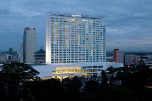 Pullman-Hotel-Kuching-Sarawak-Exterior-Panoramic.jpg
