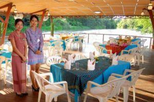 Pung-Waan-Resort-Spa-Kwai-Yai-Kanchanaburi-Thailand-Restaurant.jpg