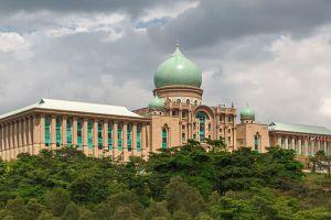 Putra-Perdana-Putrajaya-Malaysia-005.jpg