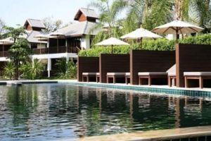 Quarter-Hotel-Mae-Hong-Son-Thailand-Pool.jpg