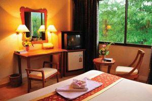 R.S.-Hotel-Kanchanaburi-Thailand-Living-Room.jpg