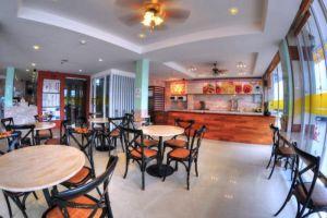 Rachan-Residence-Chanthaburi-Thailand-Restaurant.jpg