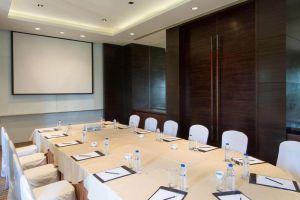 Radisson-Blu-Hotel-Cebu-Philippines-Meeting-Room.jpg