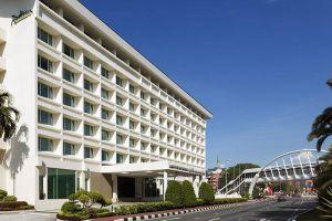 Radisson-Hotel-Bandar-Seri-Begawan-Brunei-Facade.jpg