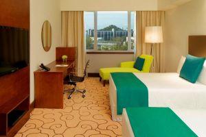 Radisson-Hotel-Bandar-Seri-Begawan-Brunei-Room.jpg