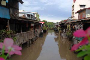 Rahaeng-Old-Market-Pathumthani-Thailand-06.jpg