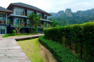 Railay-Phutawan-Resort-Krabi-Thailand-Garden.jpg