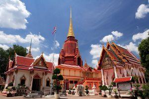 Rat-Buranaram-Temple-Wat-Chang-Hai-Pattani-Thailand-01.jpg