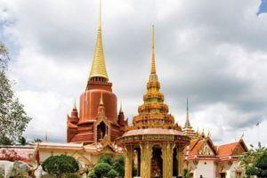 Rat-Buranaram-Temple-Wat-Chang-Hai-Pattani-Thailand-05.jpg
