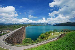 Ratchaprapha-Dam-Suratthani-Thailand-02.jpg