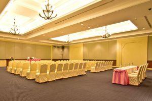 Ravindra-Beach-Resort-Spa-Pattaya-Thailand-Meeting-Room.jpg