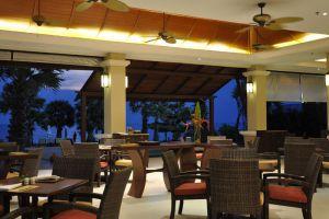 Ravindra-Beach-Resort-Spa-Pattaya-Thailand-Restaurant.jpg