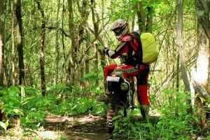 Red-Raid-Motorcycle-Tours-Cambodia-Phnom-Penh-02.jpg
