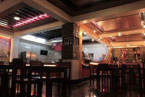 Red-Rustikz-Restaurant-Benguet-Philippines-02.jpg