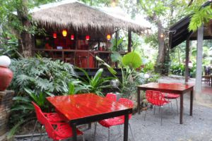Red-Snapper-Restaurant-Lanta-Krabi-Thailand-003.jpg