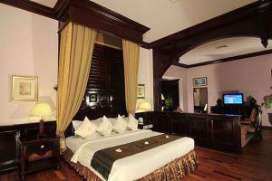 Ree-Hotel-Siem-Reap-Cambodia-Room.jpg