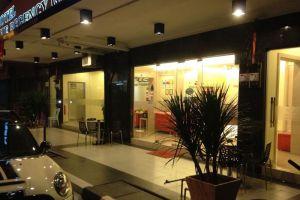 Regency-Garden-Hotel-Ipoh-Perak-Malaysia-Entrance.jpg