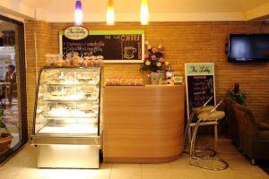 Regent-Ramkhamhaeng-Hotel-Bangkok-Thailand-Coffee-Shop.jpg