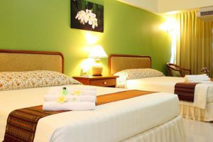 Regent-Ramkhamhaeng-Hotel-Bangkok-Thailand-Room.jpg