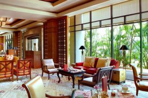 Regent-Singapore-Four-Seasons-Hotel-Orchard-Singapore-Restaurant.jpg