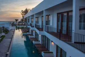 Ren-Resort-Sihanoukville-Cambodia-Exterior.jpg