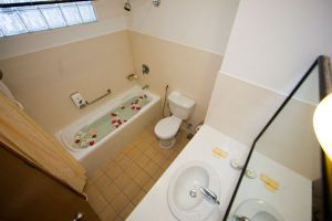 Resorts-World-Langkawi-Kedah-Bathroom.jpg