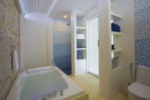 Resotel-Beach-Resort-Samui-Thailand-Bathroom.jpg