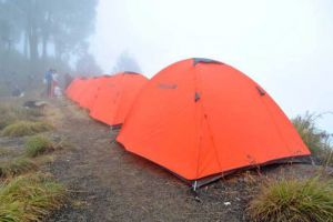 Rinjani-Base-Camp-Adventure-Lombok-Indonesia-002.jpg