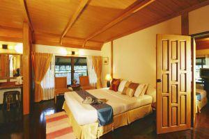 River-Kwai-Resotel-Kanchanaburi-Thailand-Room.jpg