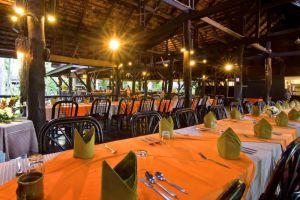 River-Lodge-Hotel-Lampang-Thailand-Restaurant.jpg