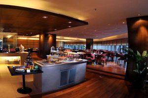 Riverside-Majestic-Hotel-Kuching-Sarawak-Cafe-Majestic.jpg