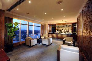 Riverside-Majestic-Hotel-Kuching-Sarawak-Executive-Lounge.jpg