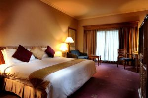Riverside-Majestic-Hotel-Kuching-Sarawak-Superior-Deluxe-King.jpg