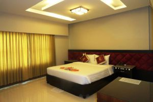 Rock-Royal-Hotel-Resort-Kep-Cambodia-Room.jpg